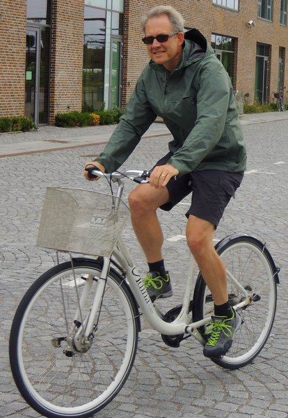 Karl enjoying the Copenhagen bike culture.